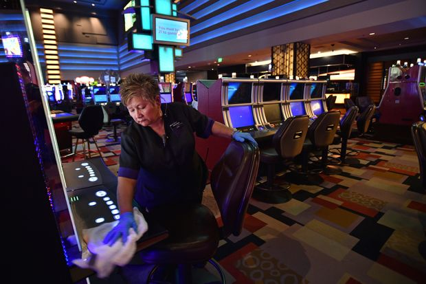 Are you finding the best online casino website for gambling?